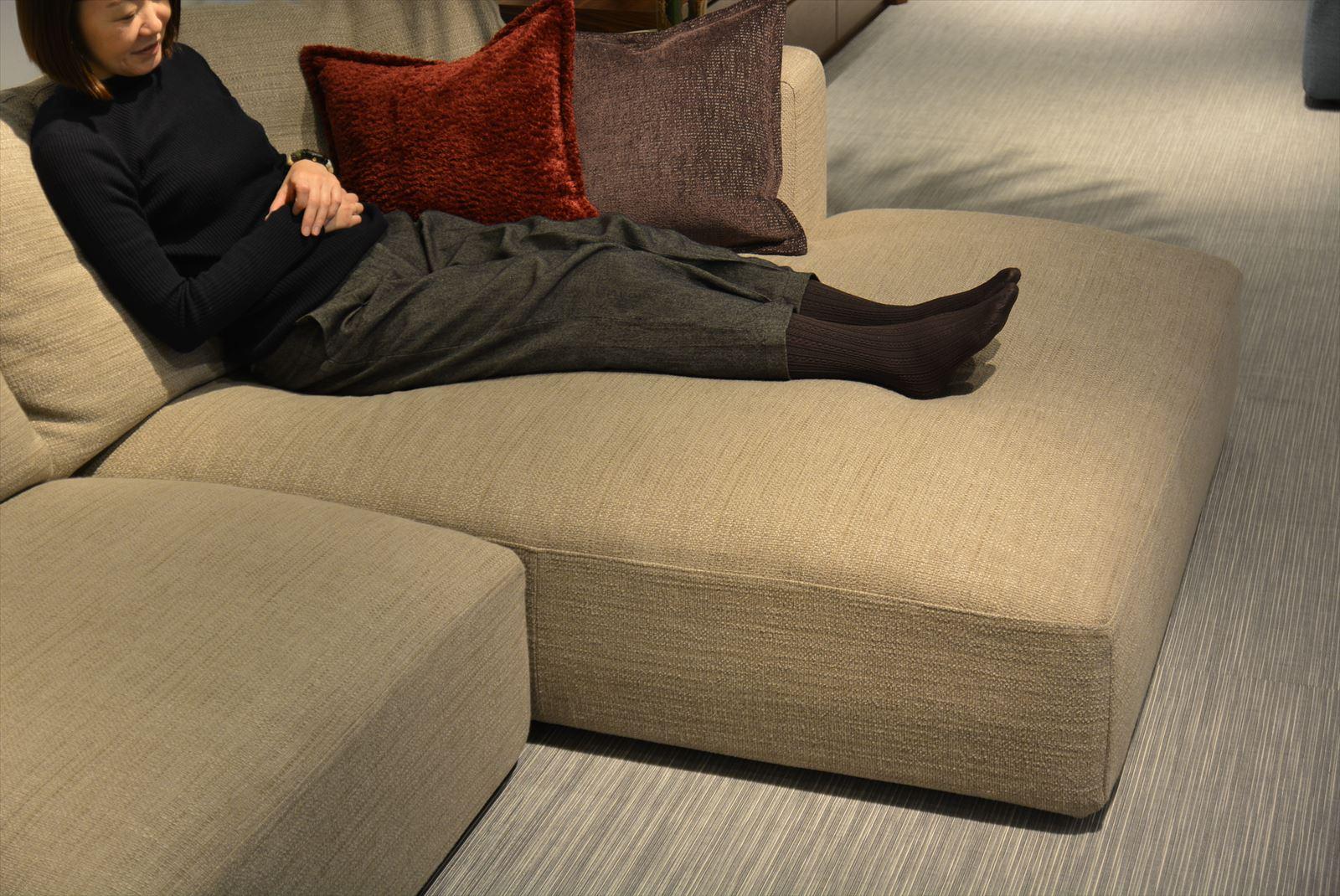 La Sofaの大きな魅力カウチソファの心地良さ スタッフブログ高級